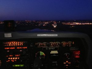 Night landing - Night Flying Qualification / Additional Pilot Licence Rating product thumbnail 1