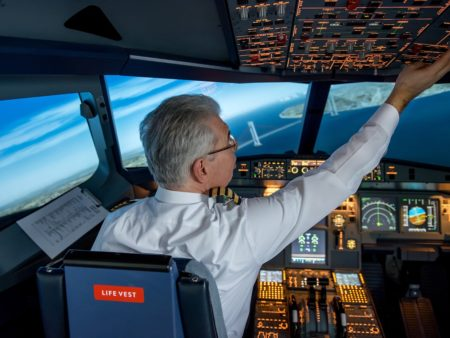 Commercial Pilot Licence (Aeroplanes) - CPL (A)